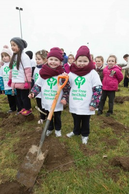 "**NO REPRO FEE** Twins Bonnie and Sophie Clarke and friends from local primary schools St. Senan's NS and Gaelsoil Ui Choimin planting their trees as part of the ""One Tree per Child"" initiative at Active Kilrush Sports Project. Kilrush Tidy Towns, in partnership with local schools and Clare County Council, have embarked on an initiative to ensure every child will plant a tree of their own As part of National Tree Week. Photograph by Eamon Ward"