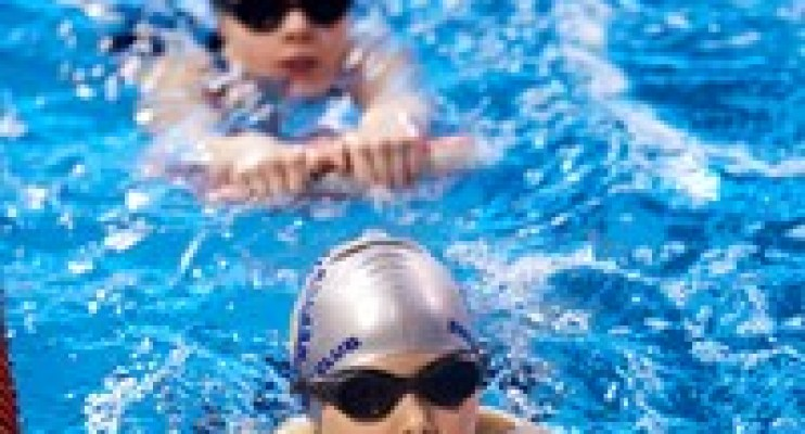 kids-swimming 200x200